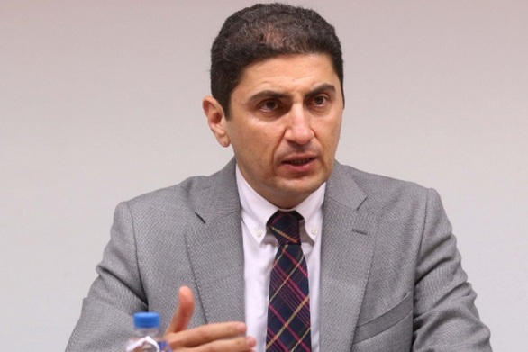"""Λευτέρης Αυγενάκης: """"Το Grexit είναι ανοικτό"""""""