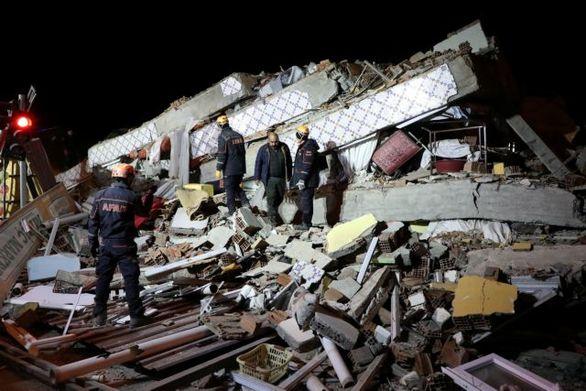 Στους 31 οι νεκροί από το σεισμό στην Τουρκία