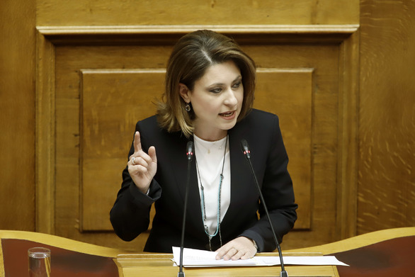 """Χριστίνα Αλεξοπούλου: """"Η στήριξη της ελληνικής οικογένειας αποτελεί όρο εθνικής επιβίωσης"""""""