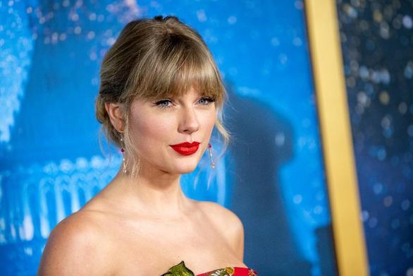 Taylor Swift: «Δεν είμαι έτοιμη να γίνω μητέρα»