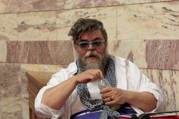 """Σταμάτης Κραουνάκης: """"Ο εχθρός θα φάει το μ... του"""" (video)"""