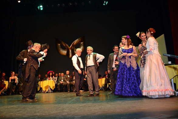 """Ο Μουσικός Όμιλος """"Ορφεύς Πατρών"""" παρουσιάζει το θεατρικό έργο """"Οι Αρραβώνες""""!"""