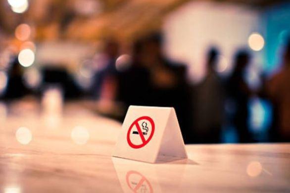 Αντικαπνιστικός νόμος - Δείτε σε ποιες περιοχές έπεσαν πρόστιμα για το τσιγάρο