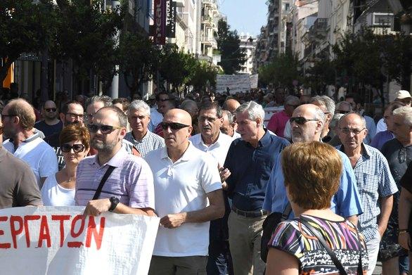 Πάτρα: O Κώστας Πελετίδης στην απεργιακή συγκέντρωση