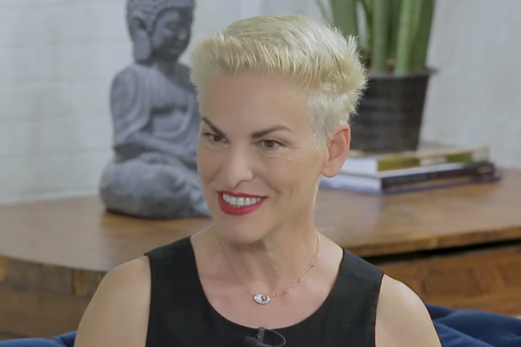 """Ελένη Ψυχούλη: """"Την λέω την ηλικία μου"""" (video)"""
