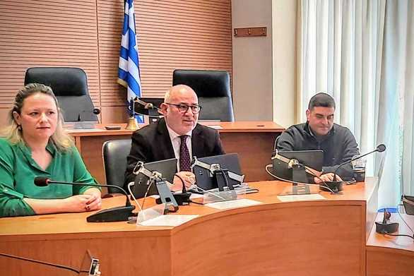 Πάτρα: Ενημερωτική συνάντηση στην Περιφέρεια για την ανάρτηση αποφάσεων στο Κεντρικό Μητρώο Δημοσίων Συμβάσεων