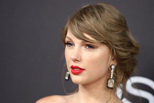 Taylor Swift - Ο πατέρας της ήρθε αντιμέτωπος με ληστή (video)