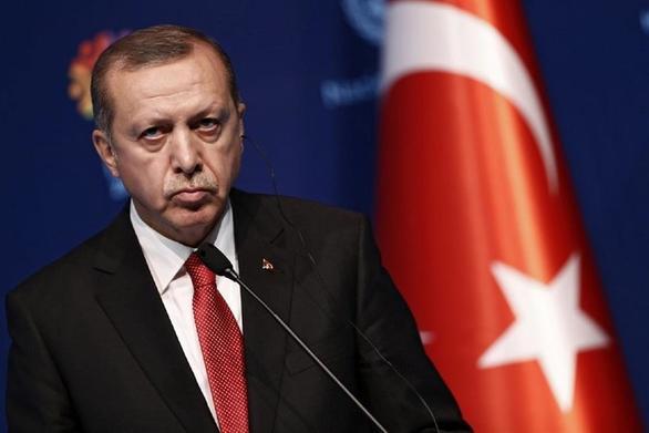 """Ερντογάν: """"Σύροι μαχητές πολεμούν στη Λιβύη υπέρ του Σάρατζ"""""""