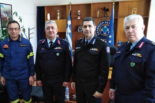 Πάτρα: Εθιμοτυπική επίσκεψη των Διοικητών της Πυροσβεστικής στην Αστυνομική Διεύθυνση
