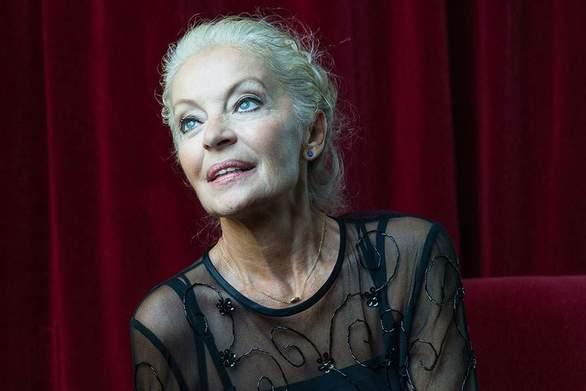 Μαρία Αλιφέρη: «Είναι πολύ σκληρό το επάγγελμα του ηθοποιού»
