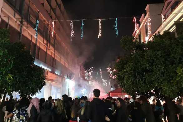 Πάτρα - Οι καρναβαλιστές δίνουν ραντεβού στις 2 το μεσημέρι για τη μεγάλη παρέλαση!