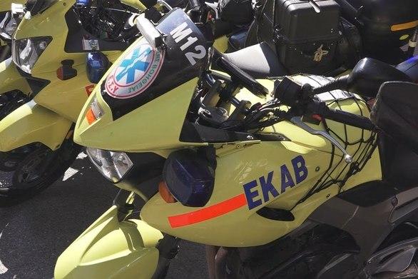 Η μηχανή του ΕΚΑΒ βγαίνει στους δρόμους της Πάτρας και σώζει ζωές