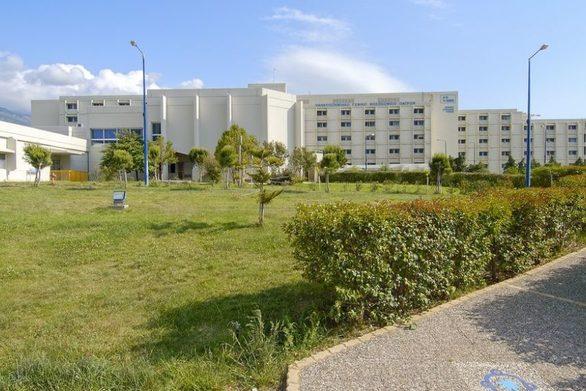 Το σχέδιο δράσης της κυβέρνησης για τον κορωνοϊό και το υπερνοσοκομείο στην Πάτρα