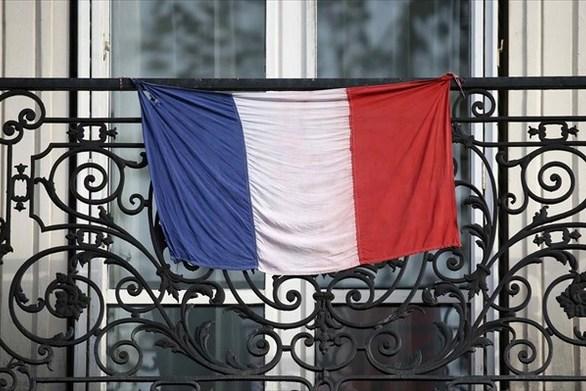 Κανονικά θα διεξαχθούν οι δημοτικές εκλογές στη Γαλλία