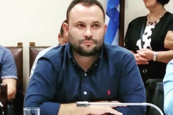 """Νικόλαος Μοίραλης: """"Η κυβέρνηση δεν συμπεριλαμβάνει τους λογιστές στα επαγγέλματα που δικαιούνται την οικονομική ενίσχυση των 800 ευρώ"""""""