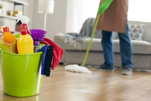 Κορωνοϊός: Ποια καθαριστικά «εξοντώνουν» τον ιό