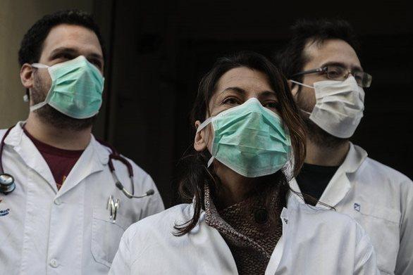 """Πάτρα: """"Μάχη"""" από τον Ιατρικό Σύλλογο για να εξασφαλίσει μάσκες και γάντια"""