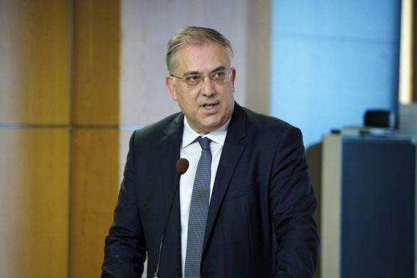 """Θεοδωρικάκος: """"Θα δοθούν 5 εκατ. ευρώ στην Αττική"""""""