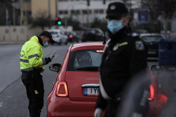 """Δυτική Ελλάδα - Απαγόρευση κυκλοφορίας: 127 παραβάτες """"τσάκωσε"""" η ΕΛ.ΑΣ. την Τρίτη"""