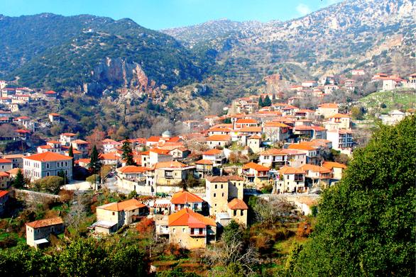 Βυτίνα - Απόδραση στον ξεχωριστό, ορεινό προορισμό της Πελοποννήσου (video)