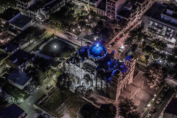 Απαθανατίζοντας την εκκλησία του Παντοκράτορα, τη νύχτα!