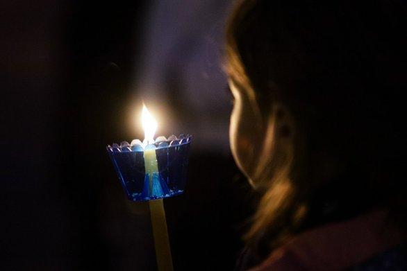 Πάσχα 2020: Το Μεγάλο Σάββατο θα φτάσει το Άγιο Φως στην Ελλάδα