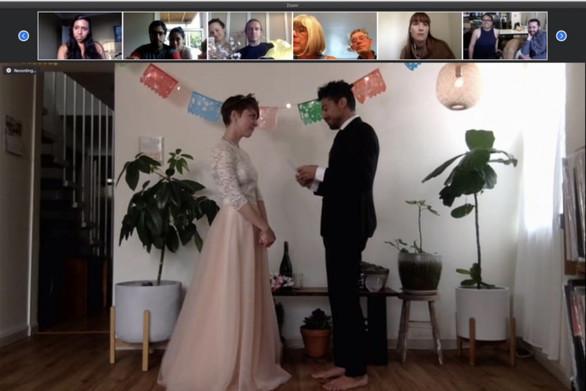 Γάμοι μέσω Zoom για τους κατοίκους της Νέας Υόρκης