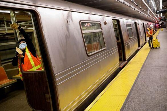 ΗΠΑ: Ο κορωνοϊός κλείνει το μετρό της Νέας Υόρκης