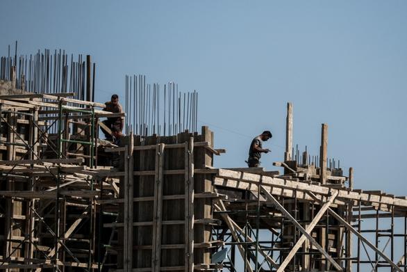 Πάτρα: Έναρξη υποβολής αιτήσεων λήψης επιδόματος 800 ευρώ για τους οικοδόμους