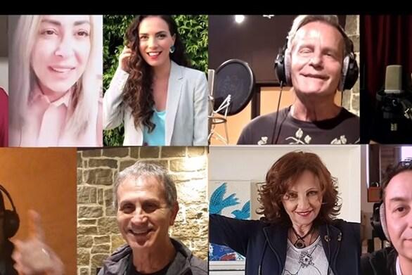 Διάσημοι Έλληνες τραγουδιστές ενώνουν τις φωνές τους για την Ιταλία (video)