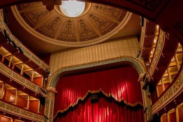 ΔΗΠΕΘΕ Πάτρας - Στον χώρο των τεχνών, στον χώρο του θεάτρου παράγεται πολιτισμός!