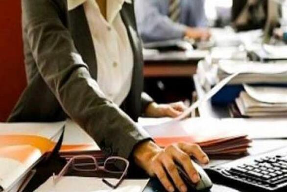 ΣΥΝ-ΕΡΓΑΣΙΑ: Τι αλλάζει σε μισθούς, ωράριο εργασίας