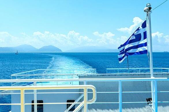 Αυξάνεται ο αριθμός των επιβατών στα πλοία μετά τις 15 Ιουνίου