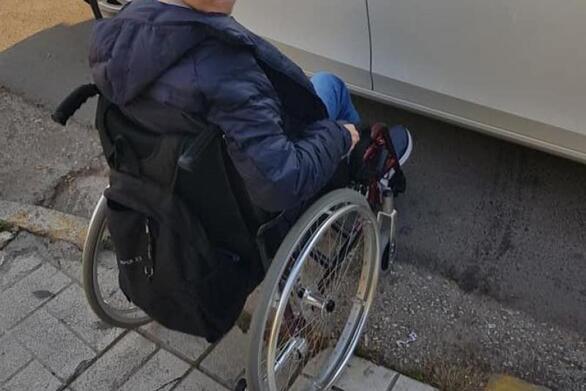 Δυτική Ελλάδα: 216 παραβάσεις για πάρκινγκ σε θέσεις ΑμεΑ, πεζοδρόμια και πλατείες