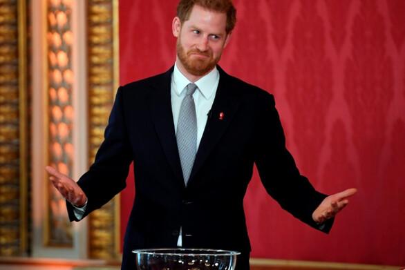 Πρίγκιπας Χάρι - Ο κρυφός λογαριασμός στο Facebook και το ψευδώνυμο που επέλεξε