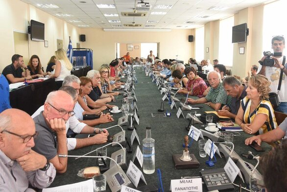 """Πάτρα: 14 θέματα θα """"πέσουν"""" στο τραπέζι της Οικονομικής Επιτροπής του Δήμου"""