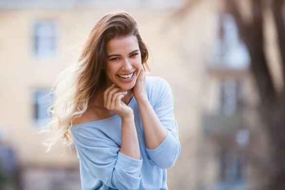 Οι πέντε συνήθειες που θα σας κάνουν πιο χαρούμενους