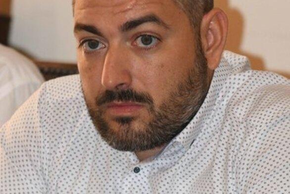 """Μιχάλης Αναστασίου: """"Η πλατεία της Καλλιπάτειρας στην Αγυιά, είναι ένας ελεύθερος χώρος, που θα διασωθεί γιατί καλύπτει ζωτικές ανάγκες των κατοίκων"""""""