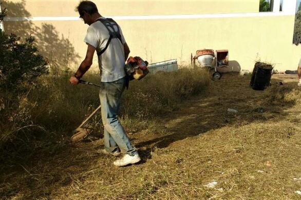 """Δήμος Πατρέων: """"Οι ιδιοκτήτες άμεσα να καθαρίσουν τα οικόπεδα τους"""""""