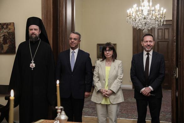 Ο Γιάννης Στουρνάρας ορκίστηκε ξανά διοικητής της Τράπεζας της Ελλάδος