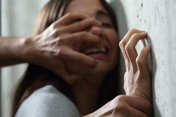 Ναύπακτος: Καταγγελία για απόπειρα βιασμού στην παραλία του Πλατανίτη