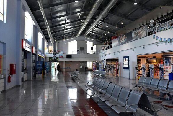 Πάτρα: Πάνω από 1.000 επιβάτες καταφτάνουν στο νέο λιμάνι - Ξεκίνησαν οι έλεγχοι