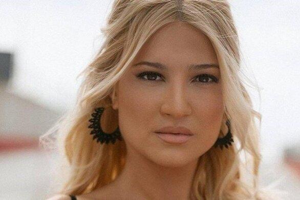Φαίη Σκορδά - Αποχαιρέτησε συγκινημένη το τηλεοπτικό κοινό (video)