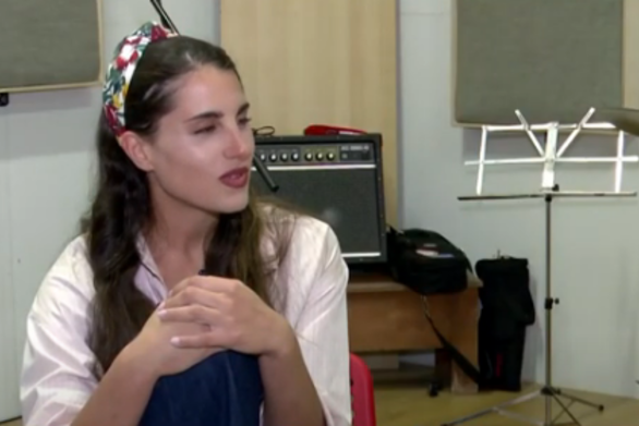 """Π. Βουλγαράκη: """"Το νέο μου τραγούδι περιγράφει την απώλεια, που την έχω βιώσει"""" (video)"""