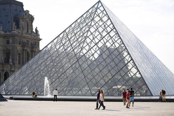 Γαλλία: Το Μουσείο του Λούβρου ανοίγει τις πόρτες του για τους επισκέπτες τη Δευτέρα