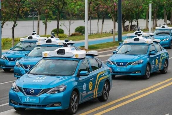 Αυτοκίνητα χωρίς οδηγό για πρώτη φορά σε ανοιχτούς δρόμους της Κίνας