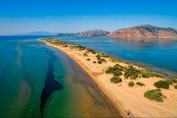 Περιήγηση στο Λούρο, τη μεγαλύτερη παραλία σε όλη την Ελλάδα (video)