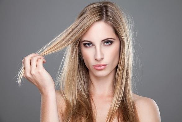 Συμβουλές περιποίησης για ταλαιπωρημένα μαλλιά