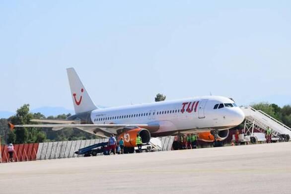 2.500 επισκέπτες στο αεροδρόμιο του Αράξου στις 10 πρώτες μέρες της λειτουργίας του