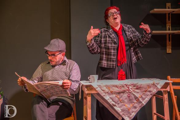 Πάτρα - Το Ρεφενέ παρουσιάζει τη θεατρική παράσταση «Χωρίς παπούτσια»